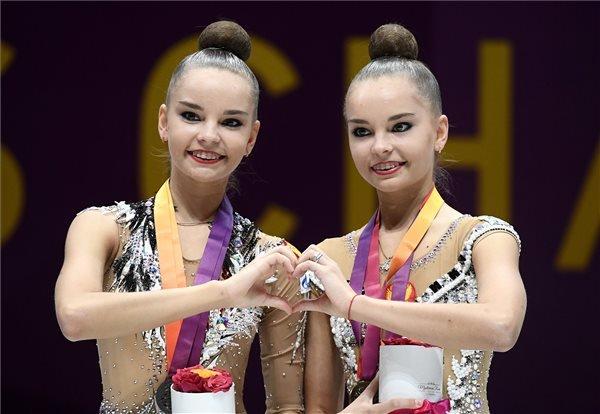 Arina Averina gimnasztika 001
