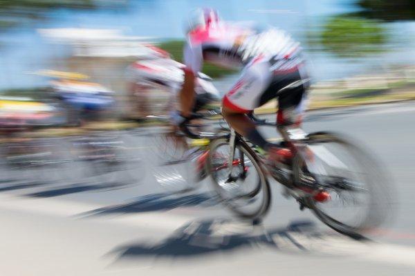 Bicikliversenyző 001