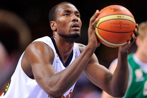 Ibaka-Serge-basket-005