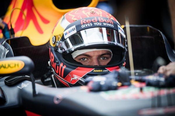 Max Verstappen Red Bull 003